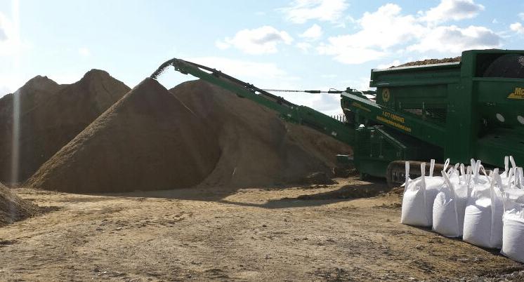 BS3882-topsoil